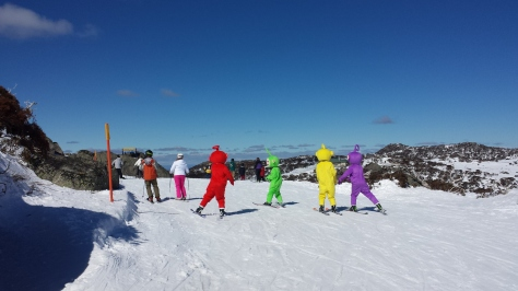 Skiing teletubbies